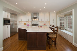 Transitional Two-Tone Kitchen