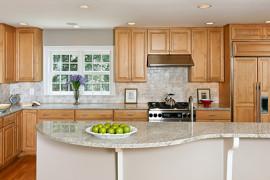 Light & Bright Two-Tone Kitchen