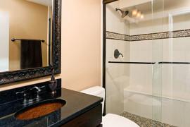 Upgraded Hall Bath