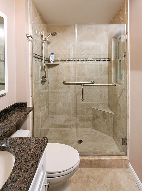Simple classic master bath foxcraft for Classic master bathrooms